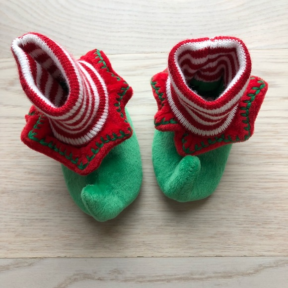 Toys R Us Shoes | Baby Elf 06 Months